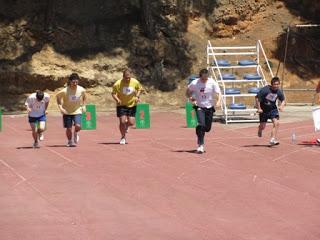 Alumnes de Formació Laboral fan una cursa. Foto: Crespinell