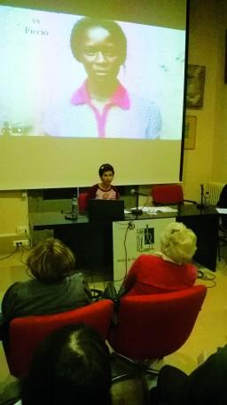 Sònia Herrera, xerrada als Amics de les Arts. Foto PV