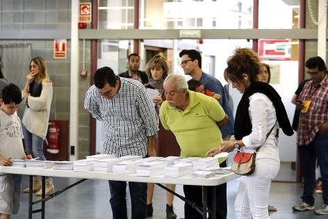 Buscant la candidatura a un col·legi electoral a Terrassa, el passat 24 de maig. Foto: Marta Balaguer