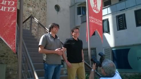 Xavi Matilla, de TeC, i Isaac Albert, d'ERC, a la Torre del Palau, el passat dilluns durant la roda de premsa en que publicaren l'acord per canvi de govern. Foto: PV