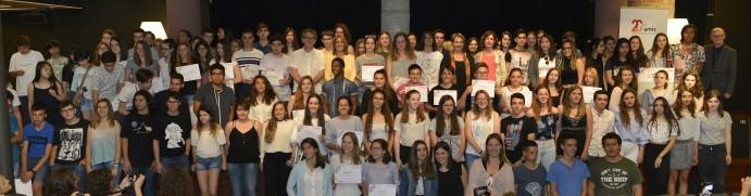 Alumnes premiades i finalistes del Ficcions 2017. Foto Amic