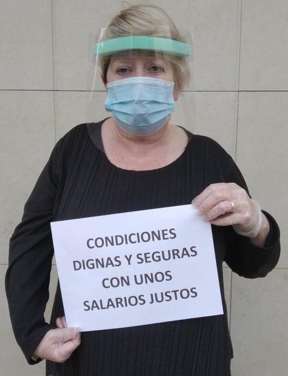 Com en altres sectors de cures, quasi totes les treballadores dones, la precarietat és la marca
