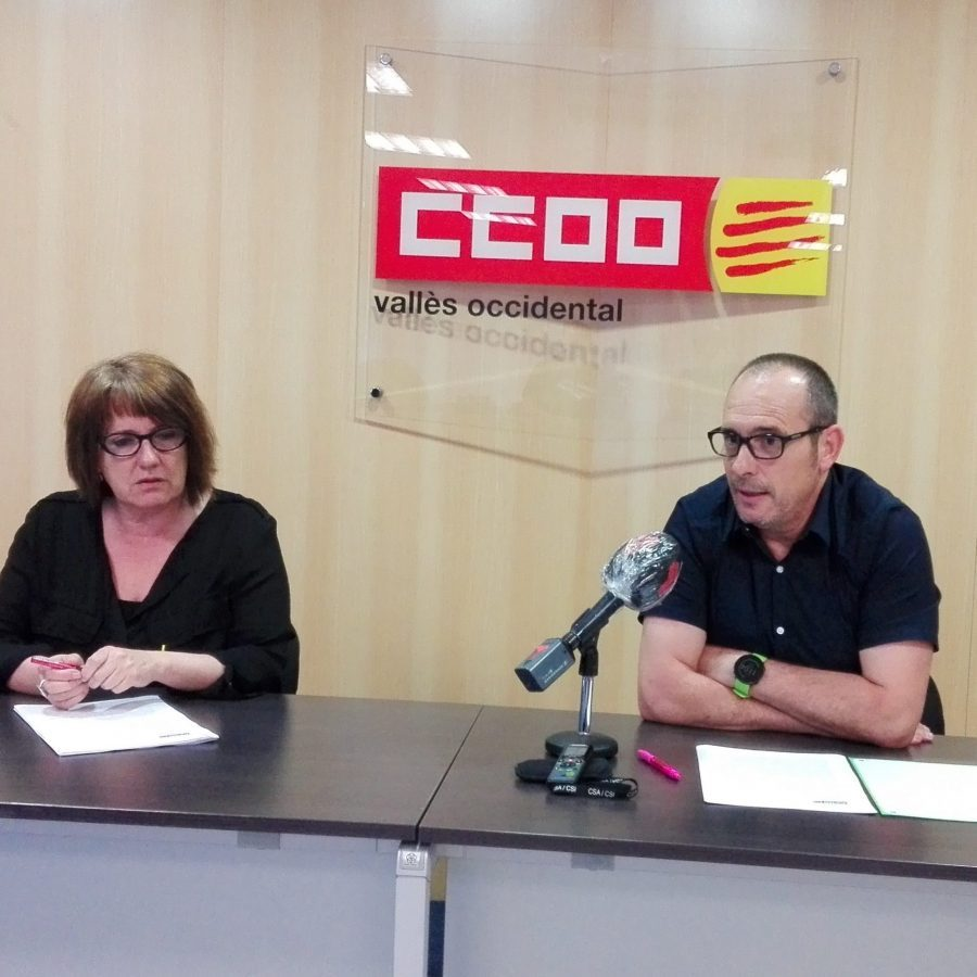 Maribel Ayné, Enrique Rodríguez, presenten document propostes. 5 juny 2020. Foto: PV
